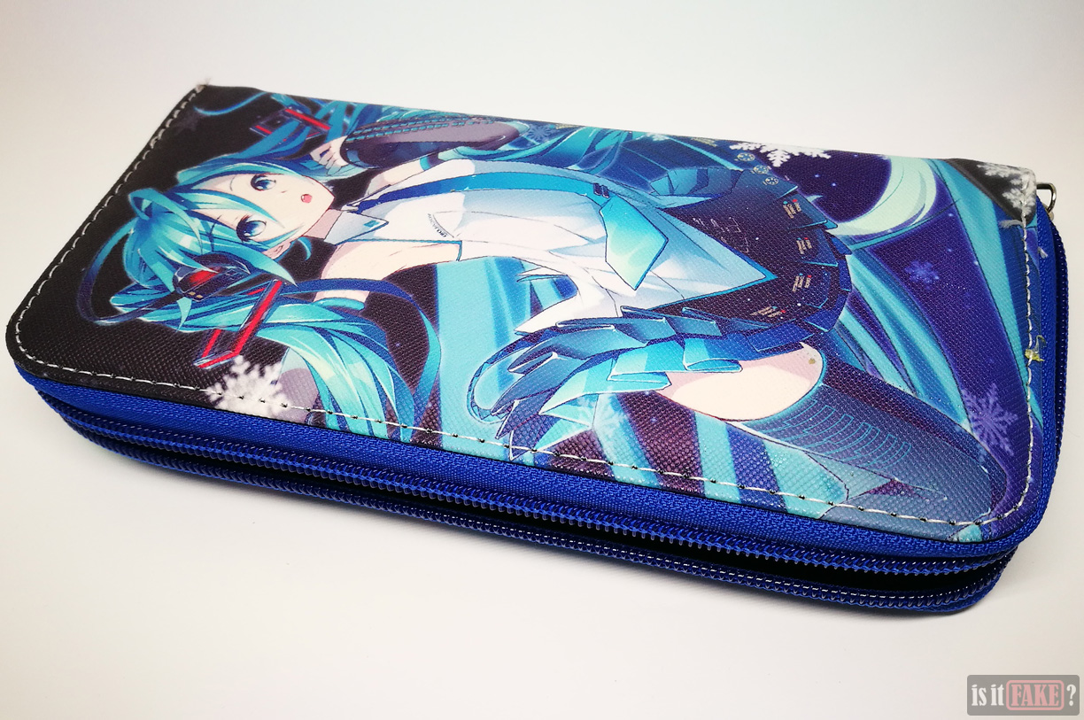 Fake Hatsune Miku wallet with strap detached