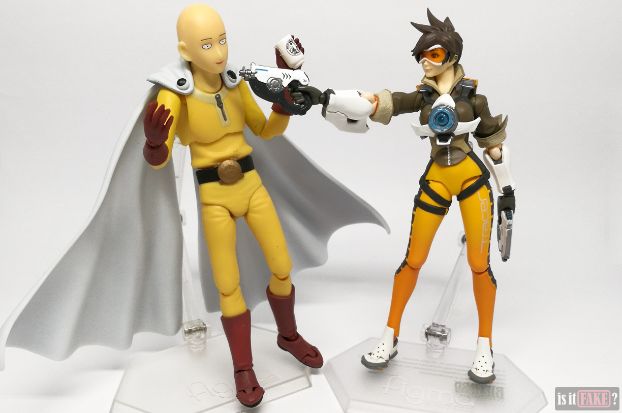 Fake Figma One Punch Man figure vs. offical Figma Tracer figure